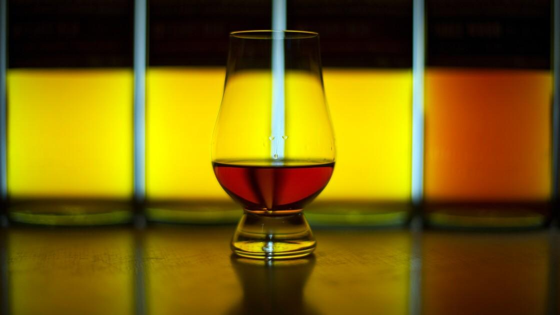 Un peu d'eau dans votre whisky? La chimie répond oui