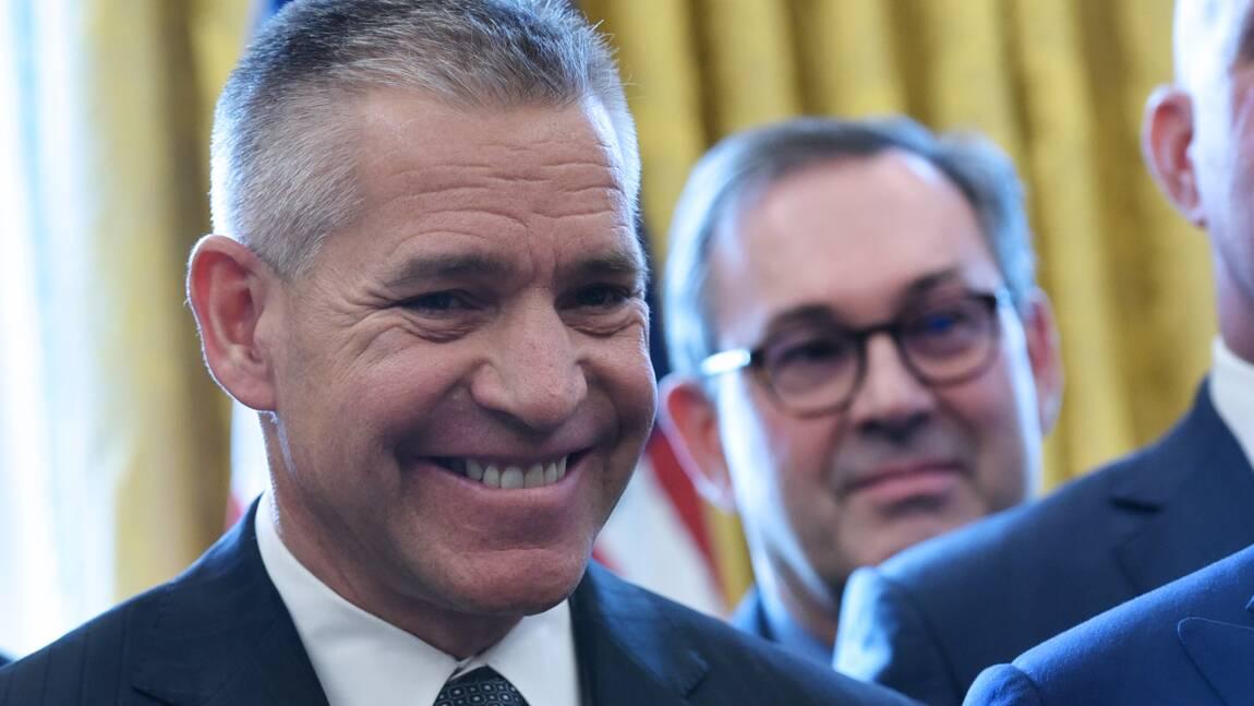 Trump relance le projet controversé d'oléoduc Keystone XL