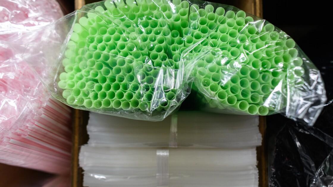 La grande ville de Seattle interdit les pailles en plastique