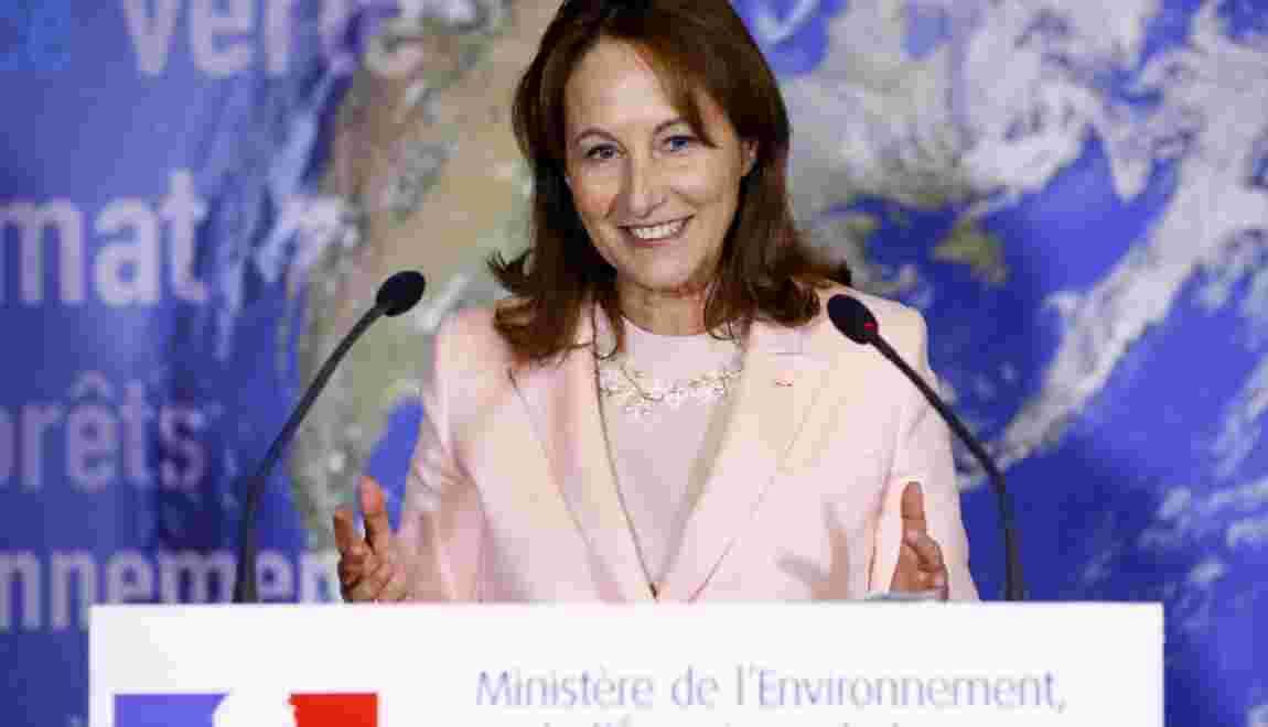 Finistère: Royal demande une enquête au Danemark sur le naufrage de deux barges