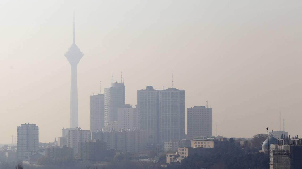 Fermeture des écoles prolongée à Téhéran, où la pollution empire