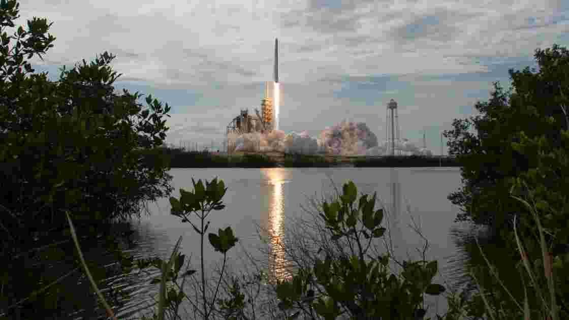 SpaceX lance un super ordinateur vers la Station spatiale