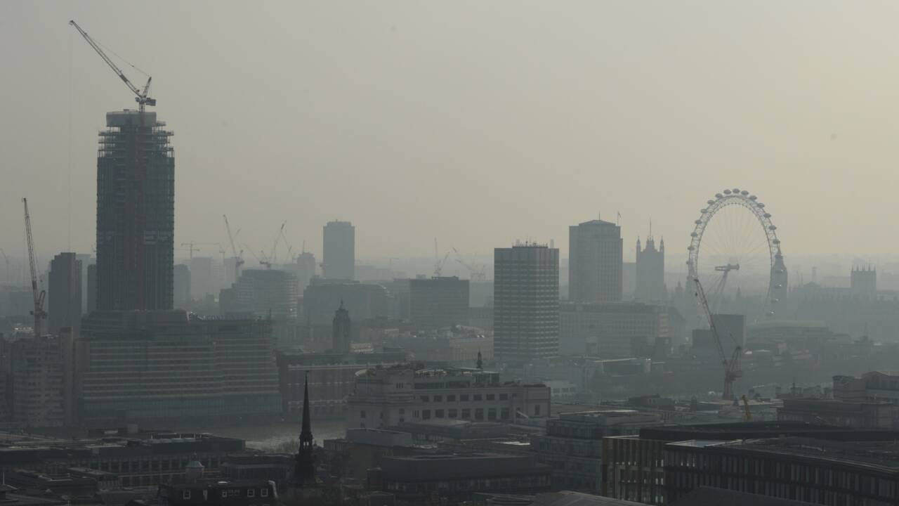 Qualité de l'air: la Commission donne dix jours à 9 pays pour présenter des mesures
