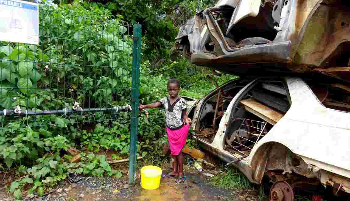 Mayotte: manifestation pour dénoncer les pénuries d'eau