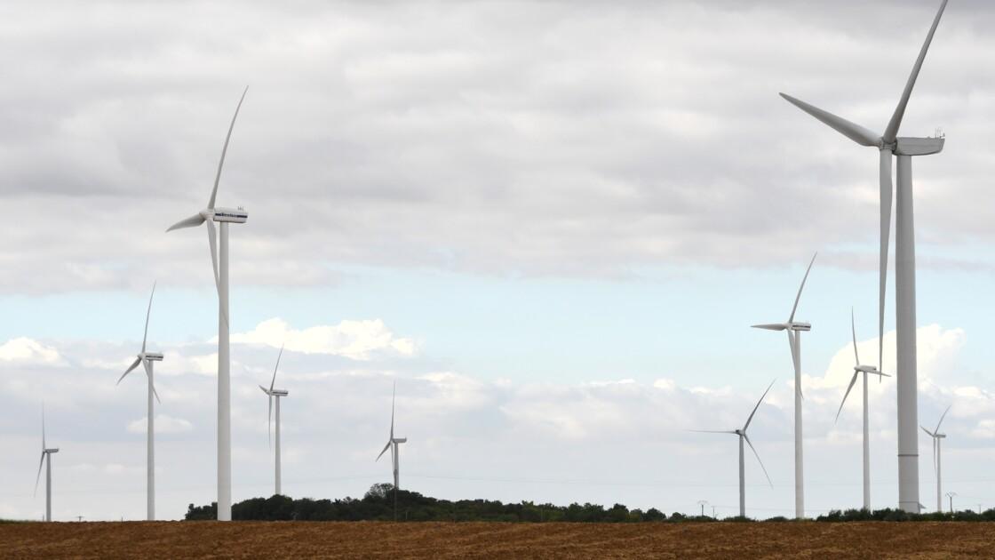 Record d'installations de parcs éoliens en France en 2016