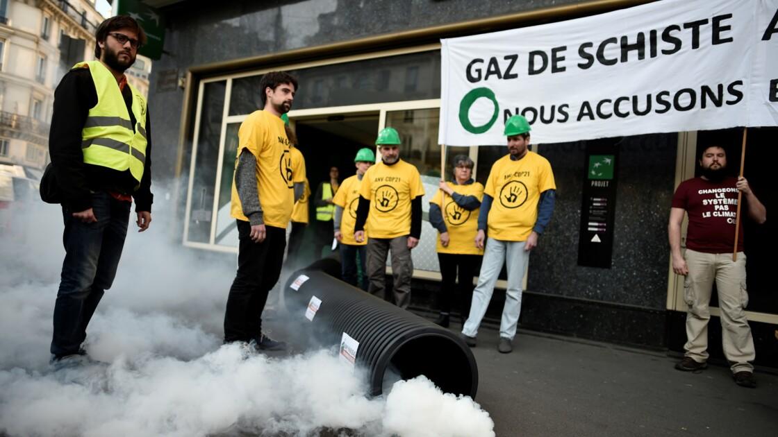 """Un """"pipeline"""" dans une agence BNP Paribas contre un projet de terminal méthanier"""