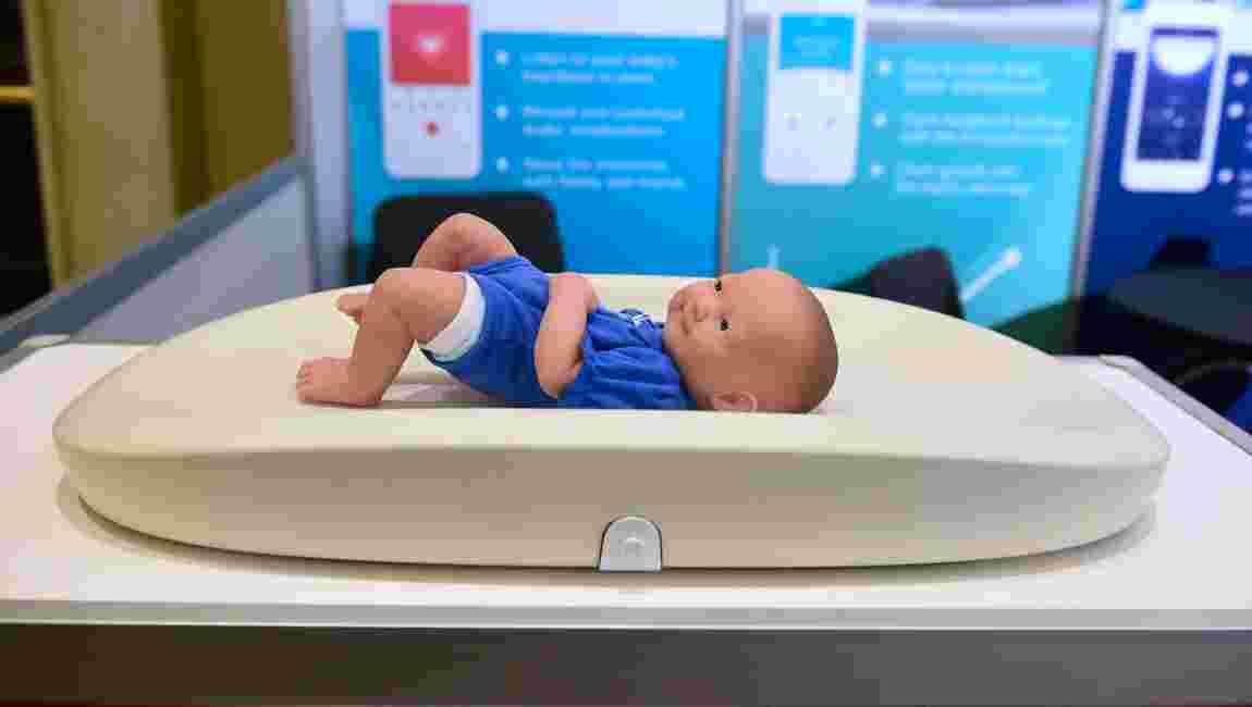 Un bébé sur 100 en sous-poids à cause de l'air pollué, d'après l'Inserm