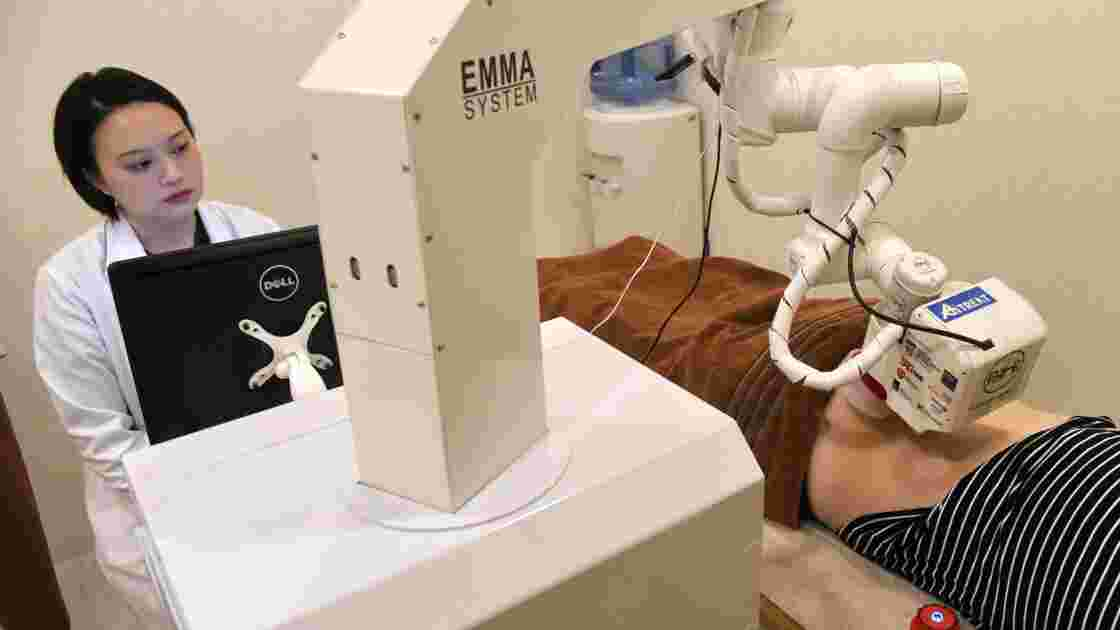 Emma, le robot-masseuse, fait ses débuts à Singapour