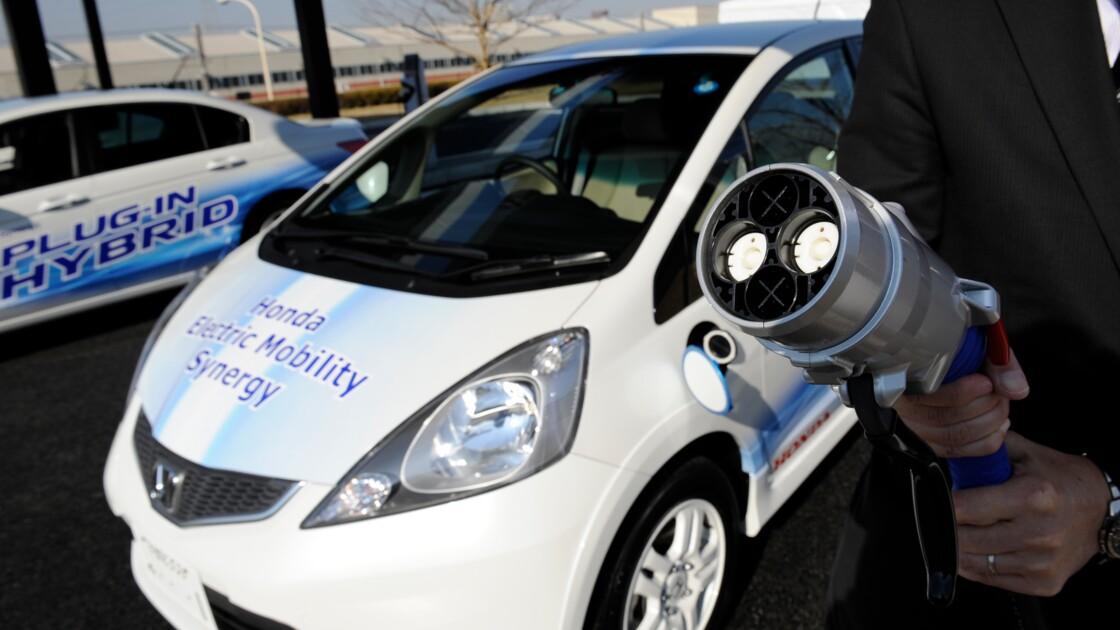 Véhicules électriques: Honda va créer une société conjointe avec Hitachi