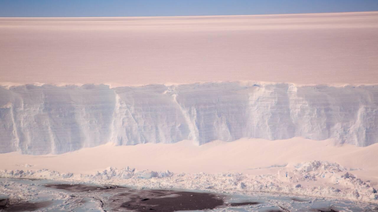 Une mission scientifique en route pour l'iceberg A68