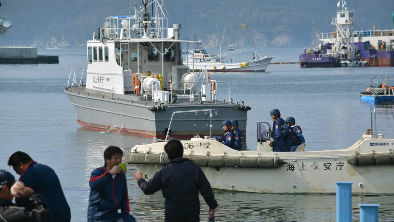Les pêcheurs japonais de retour à terre avec 177 baleines