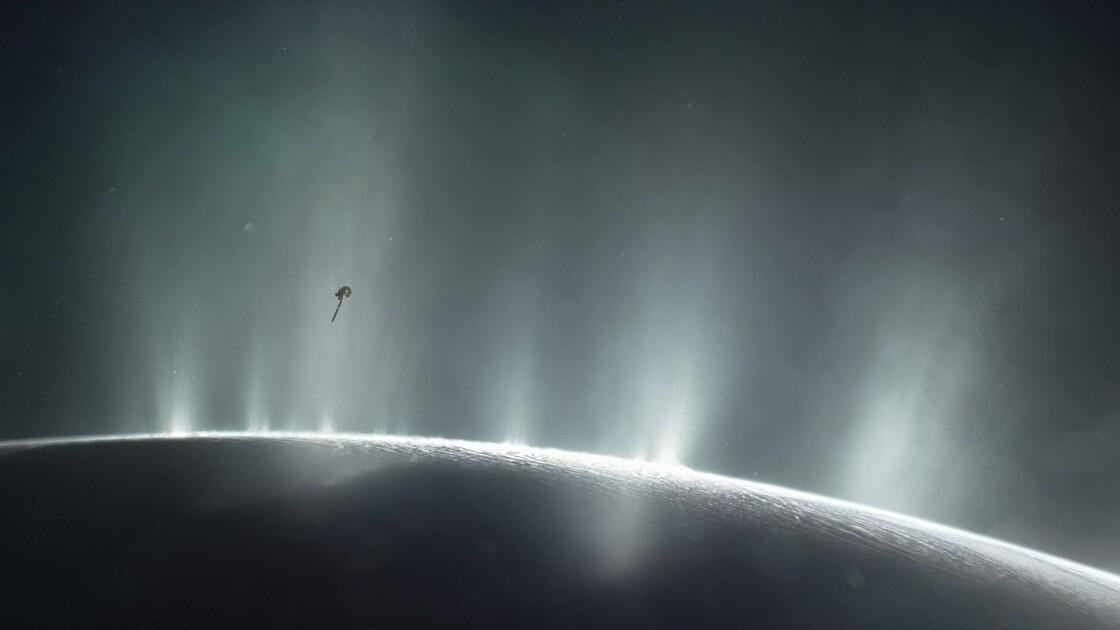 Sur une petite lune de Saturne, des conditions favorables à la vie