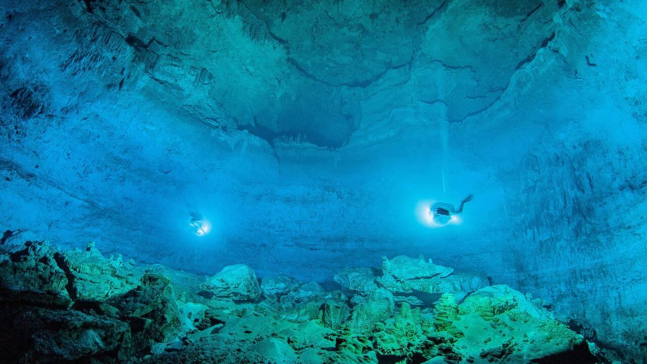 Mexique: une grotte sous-marine virtuelle pour plonger dans le réel
