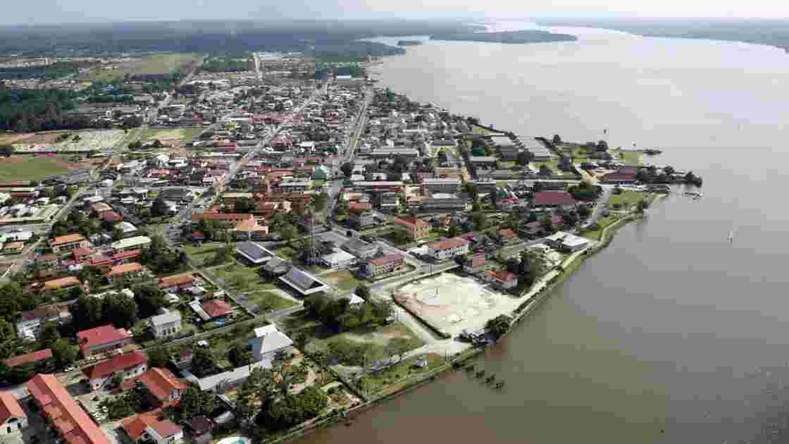 """En Guyane, les opposants à """"Montagne d'or"""" préparent le débat public"""