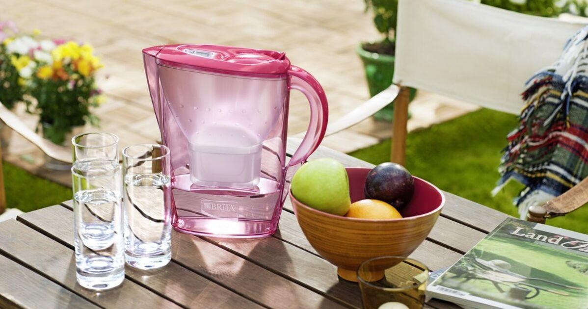 Filtrer son eau, un éco-geste pour lutter contre les déchets plastiques