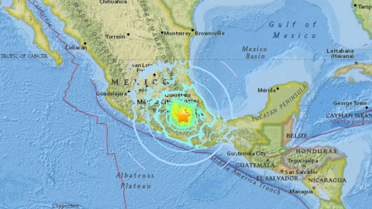 VIDÉO - Mexique : un puissant séisme secoue Mexico
