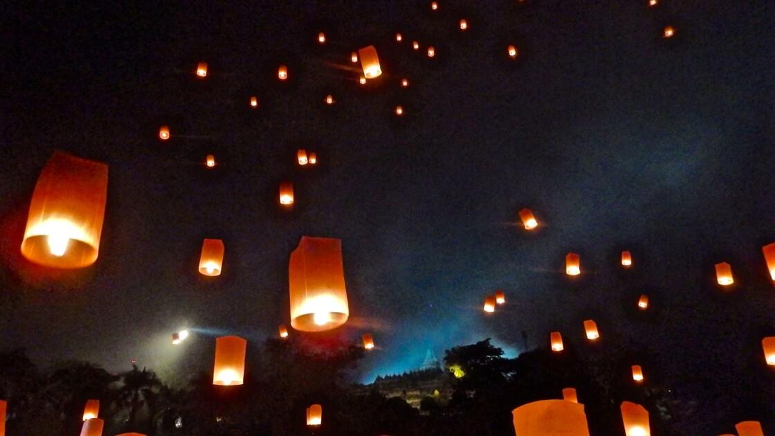 Indonésie : revivez la cérémonie du Vesak