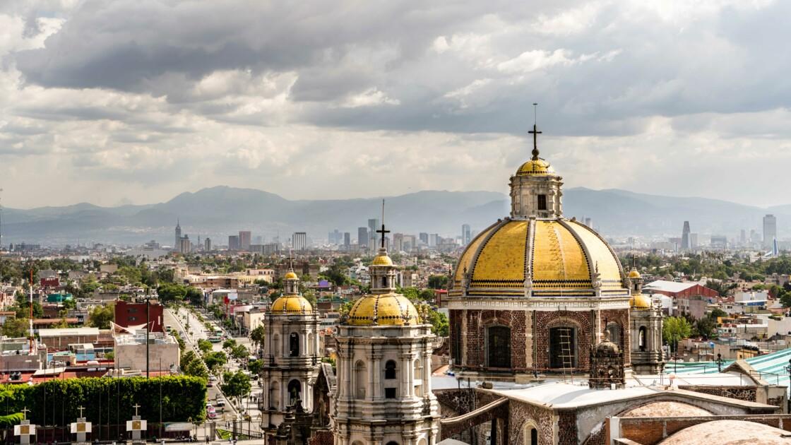"""Patrick Deville : """"À Mexico, on lit peu de livres mais on aime les écrivains"""""""