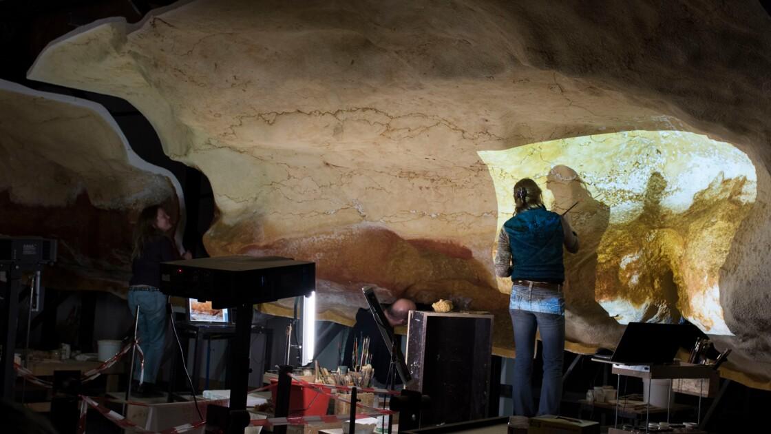 VIDÉO - Dans les coulisses de Lascaux IV : reproduire l'œuvre des hommes du Paléolithique