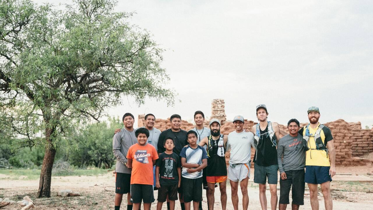 Arizona : à la rencontre de la tribu Tohono O'Odham avec des runners mexicains