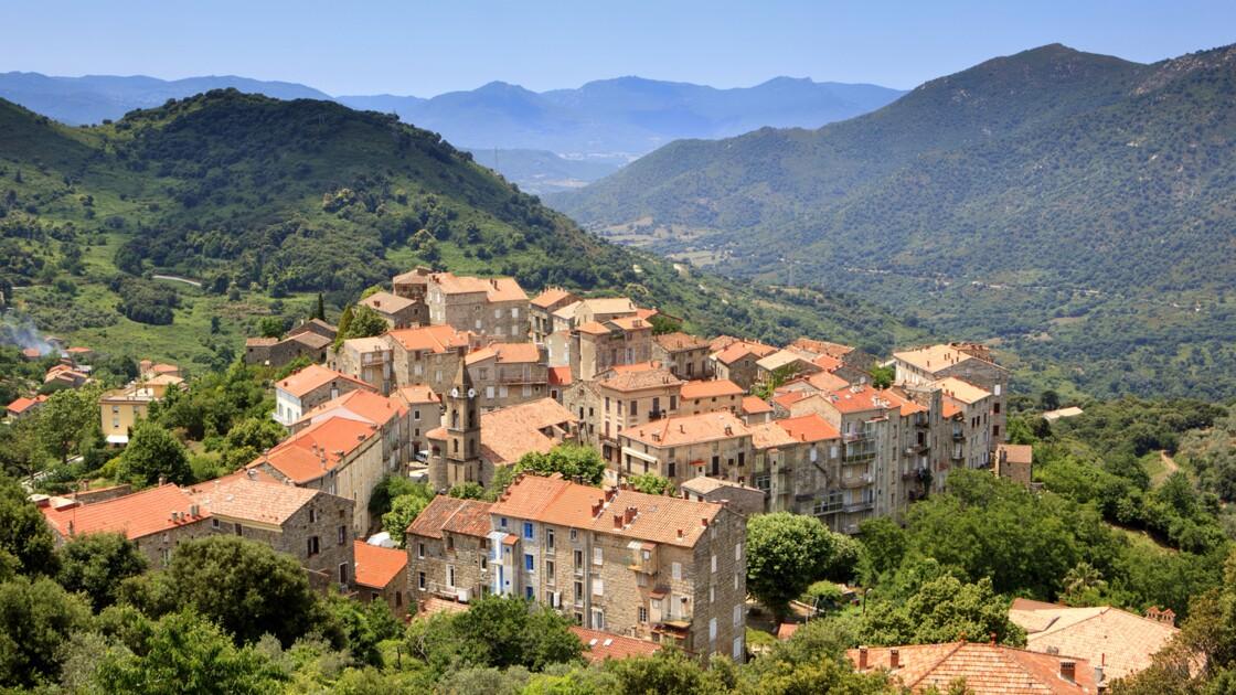 Les mystères de Corse : Sainte-Lucie-de-Tallano, sous l'œil de la corsite