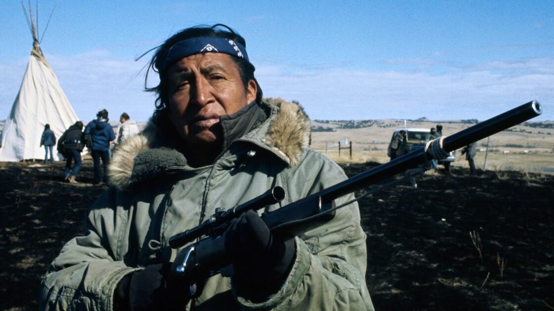 Et les Sioux déterrèrent la hache de guerre