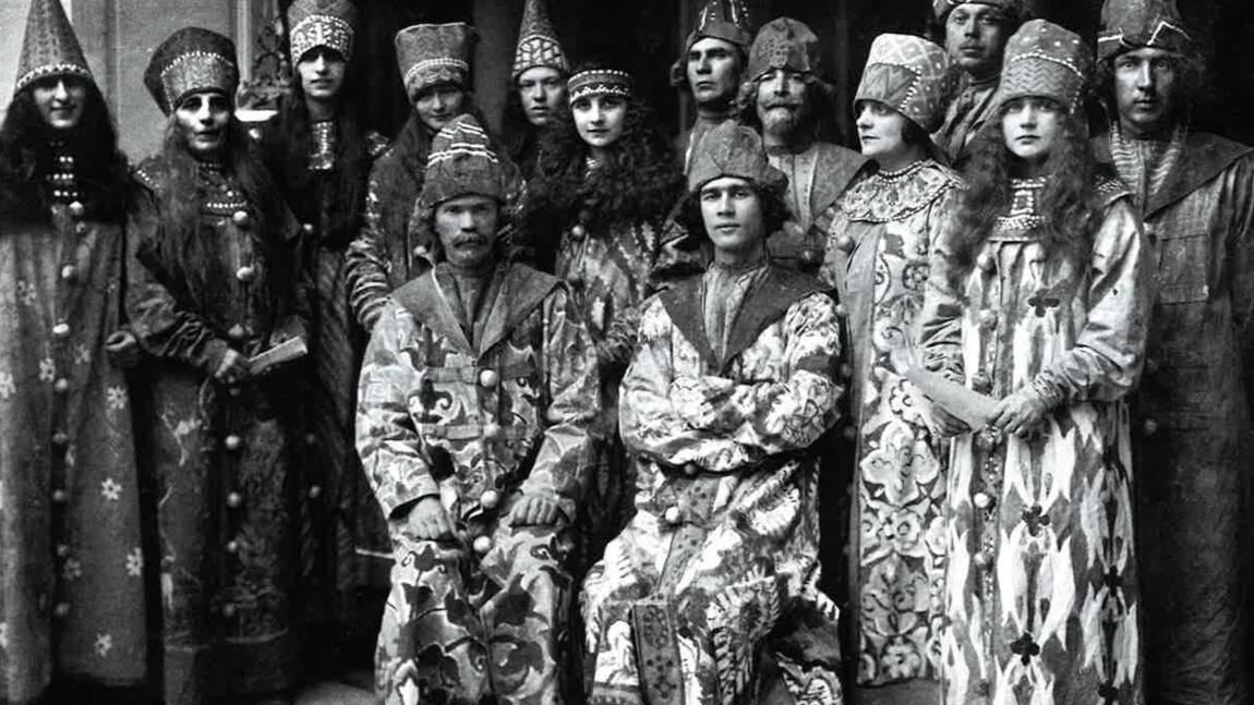PHOTOS - La nouvelle vie des émigrés russes en France après la révolution de 1917