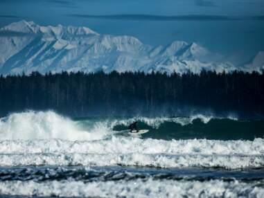 Surf : vagues de dingues de l'Alaska à la Californie