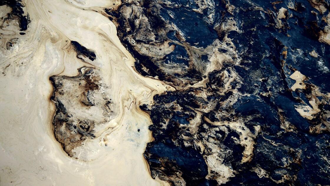 Pétrole : l'avenir de l'or noir est dans le sable