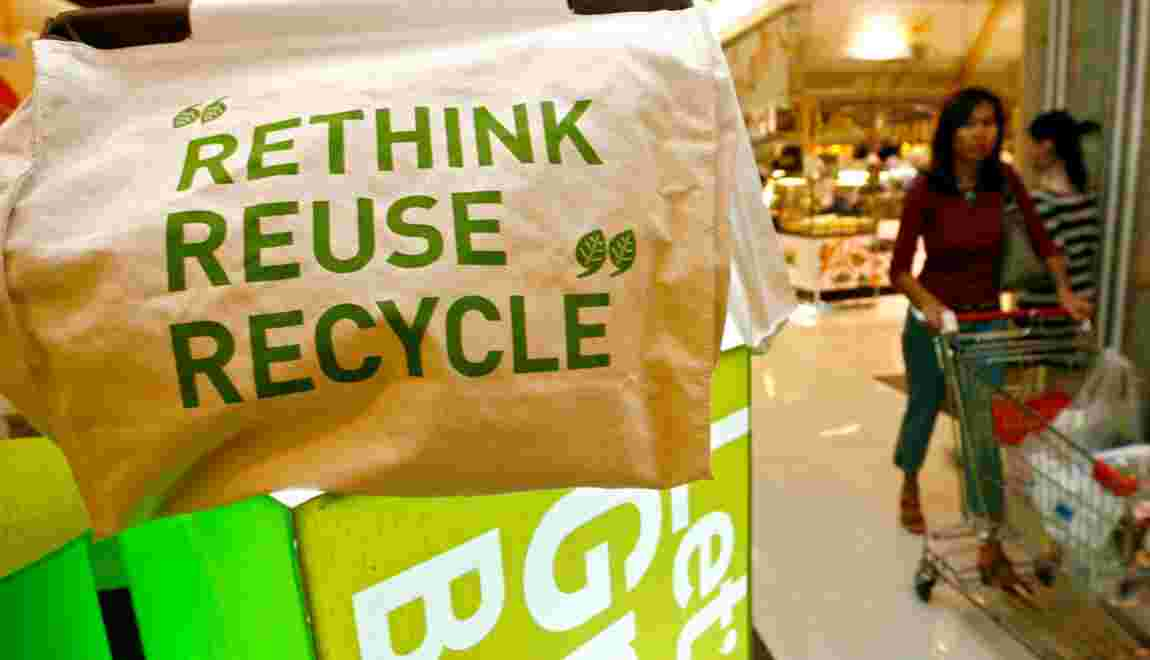 Les sacs plastique vont disparaître des commerces en 2010