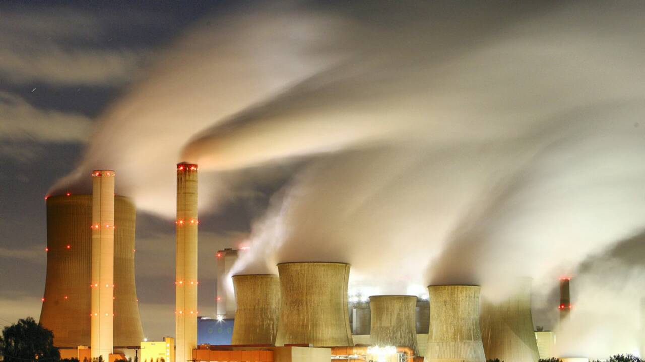 Faut-il fermer les centrales à charbon ?