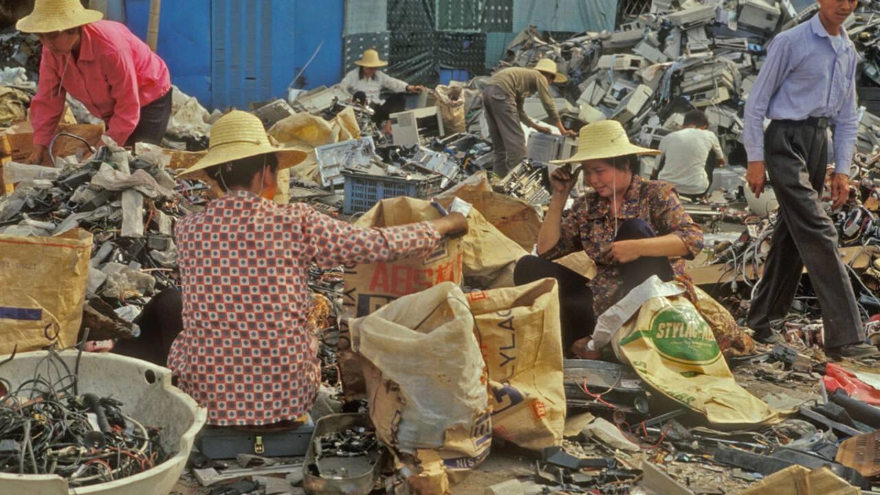 Contraindre les fabricants à recycler leurs ordinateurs : pour ou contre ?