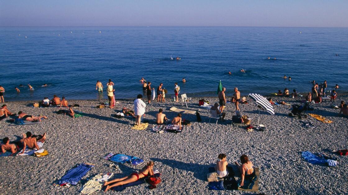 Faut-il interdire la cigarette sur les plages ?