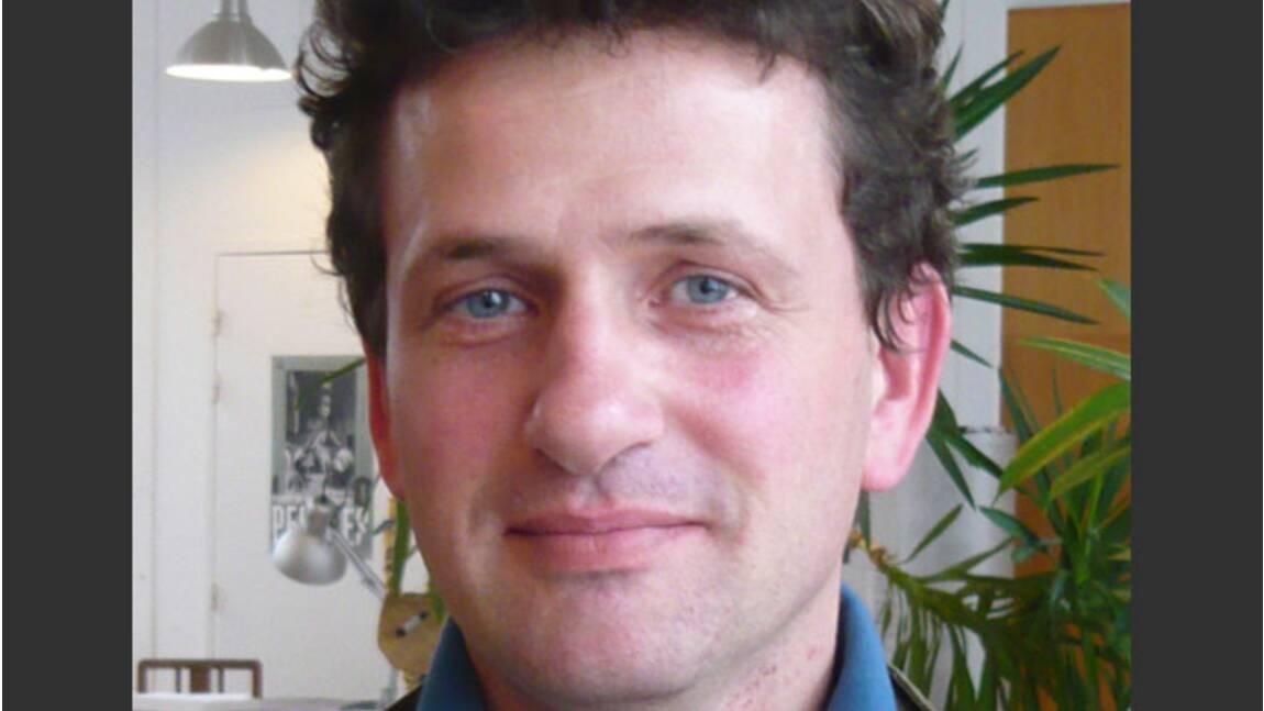 """Pierre de Vallombreuse, photoreporter de la série """"Hommes racines"""""""