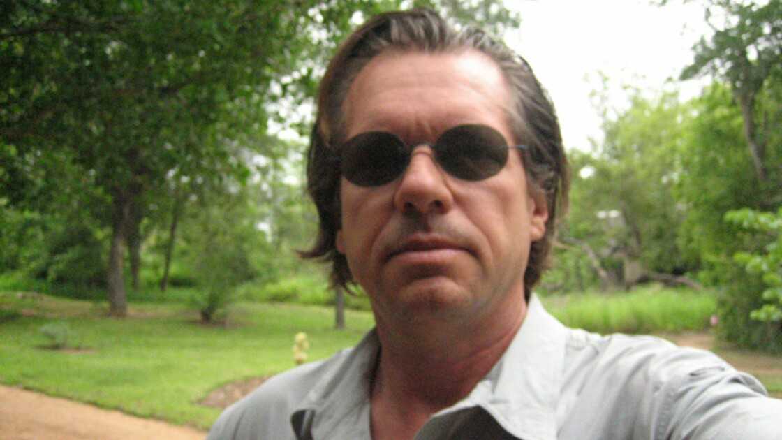 "Yves Gellie, photoreporter du ""Chant des sacrifiés du Nil"""