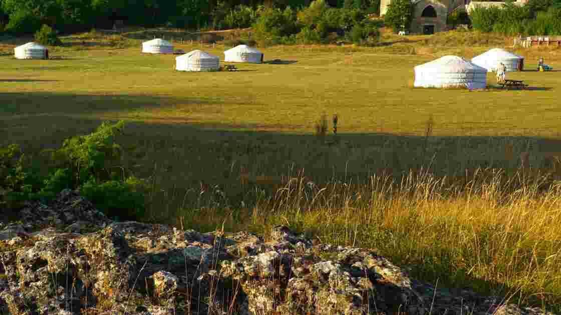 Dans les yourtes mongoles de Lozère