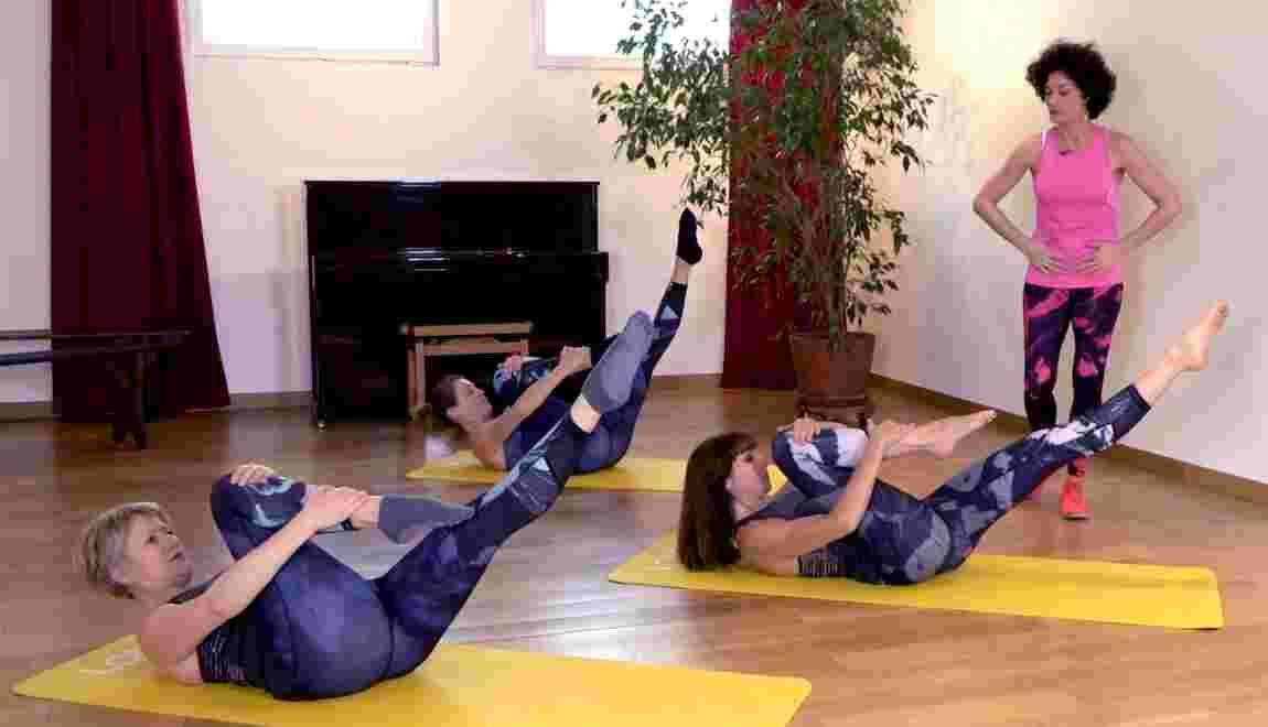 VIDÉO - Cinq exercices de Pilates pour le bien-être de votre dos