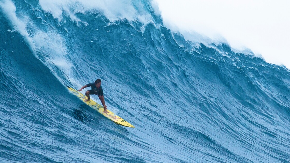 Surf : la vague Jaws décryptée par le champion de stand up paddle Kai Lenny