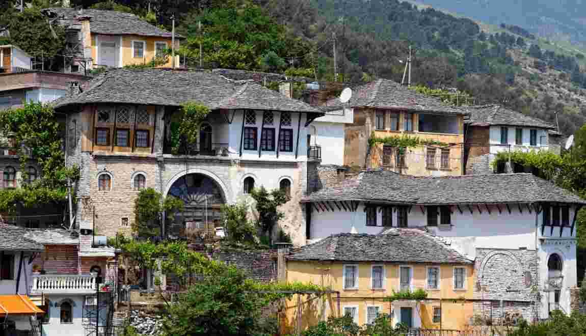 Albanie : la belle recluse se livre enfin