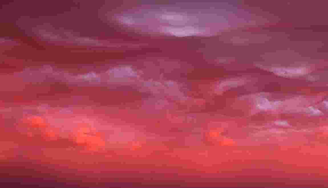 """VIDÉO - La beauté inquiétante d'une """"mer de nuages"""""""