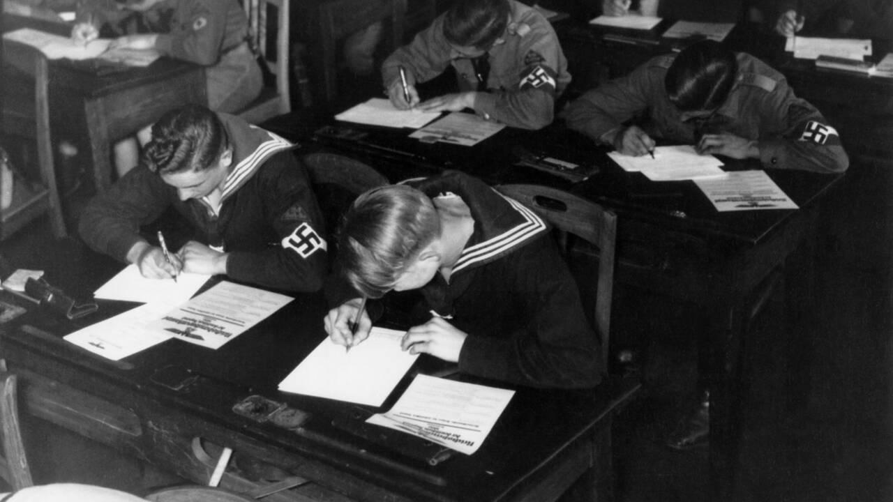 """Nazisme : """"Mein Kampf"""" ne fut pas leur seule """"Bible"""""""