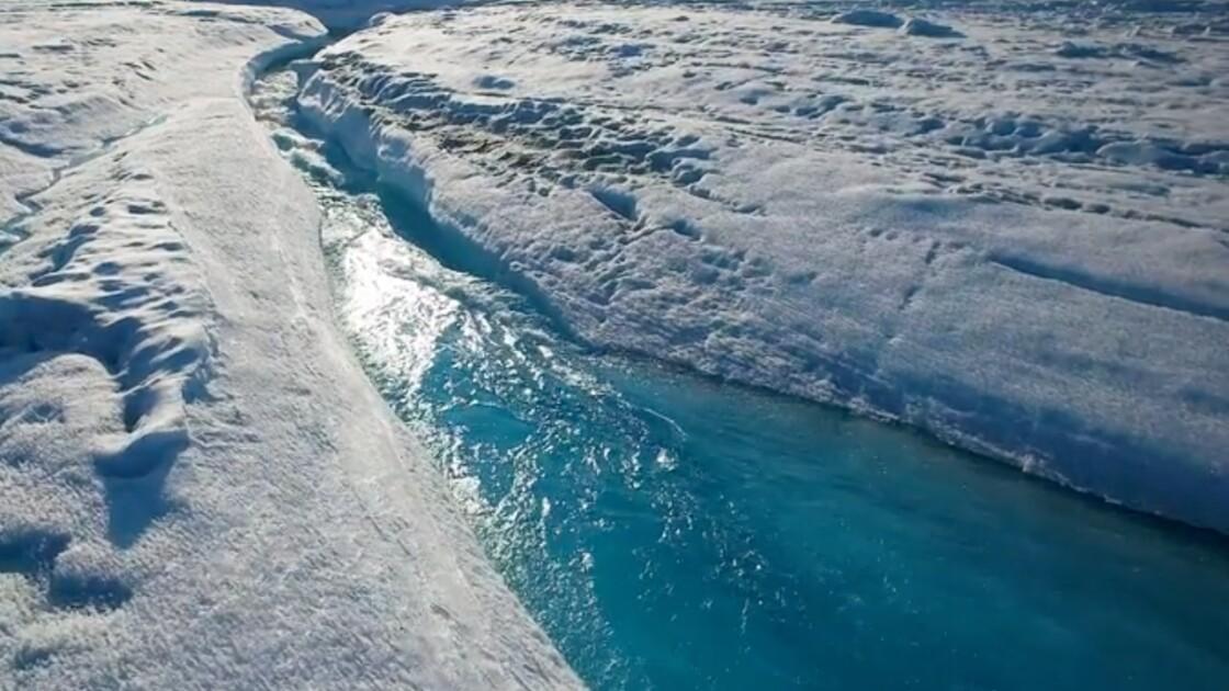 Au plus près de la fonte des glaces au Groenland