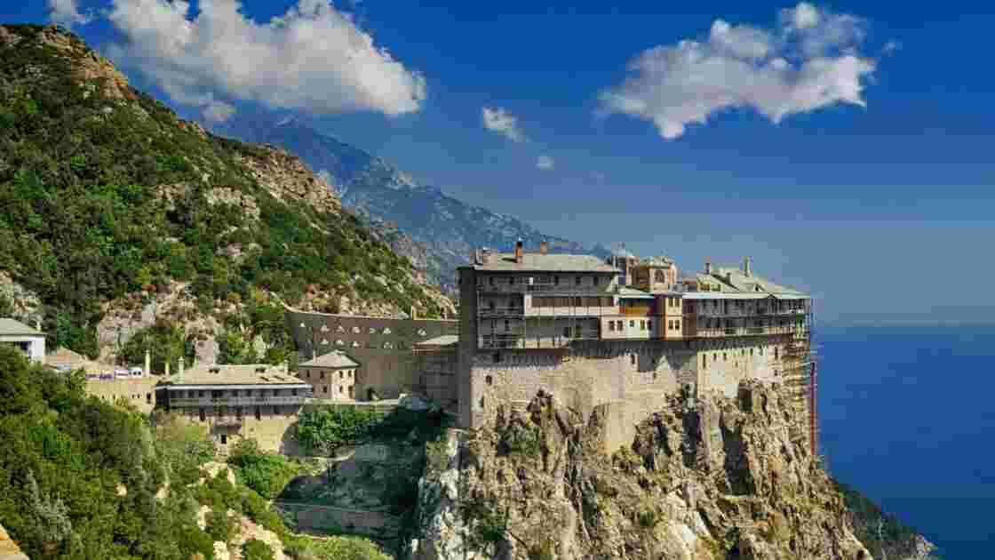 """Grèce : le mont Athos, la """"Sainte Montagne"""" aux 2000 moines"""