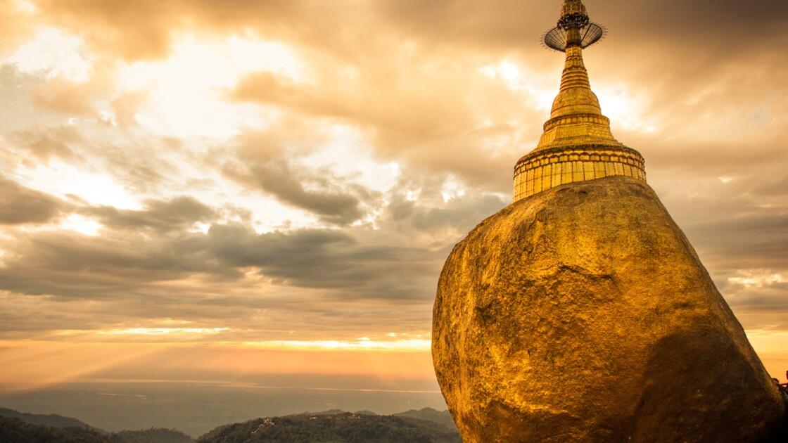Birmanie : le Rocher d'or, objet de dévotion