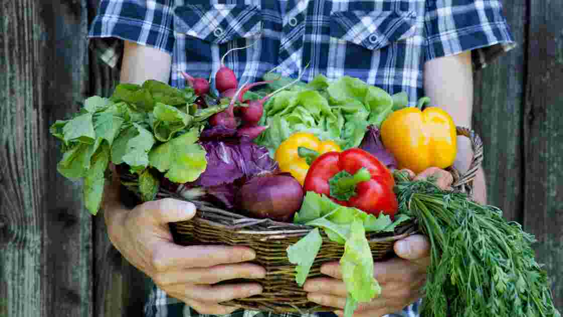 Faut-il consommer fruits et légumes au rythme des saisons ?