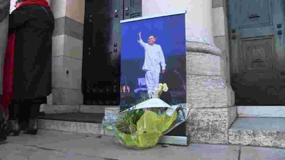 A Paris, cérémonie en hommage au Chilien Angel Parra
