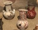 Egypte: momies et statuettes découvertes dans une tombe