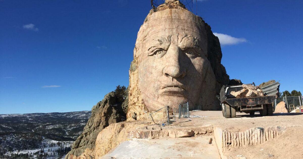 Video Sur Le Chantier Titanesque Du Crazy Horse Memorial Geo Fr