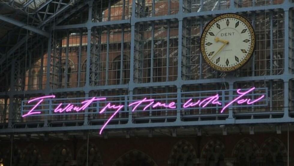 Londres: une oeuvre d'art anti-Brexit à la gare de St Pancras