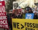 Manifestation contre les projets d'oléoducs relancés par Trump